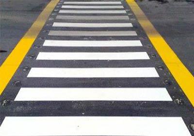 رنگ خط کشی خیابان ها